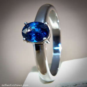 925 Sterling Silver Jewellery    Blue Sapphire Oval Silver Ring    shopping.ebizz@gmail.com