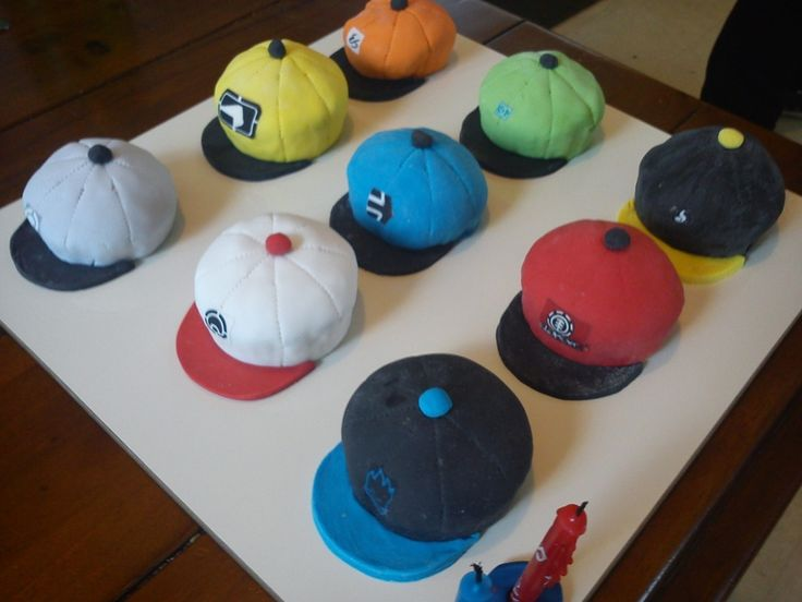 Cupcake Decorating Ideas For Boyfriend : I like snapbacks. thought itll be fun to make for my ...