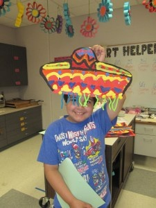 Cinco De Mayo craft. . . Cute & colorful.