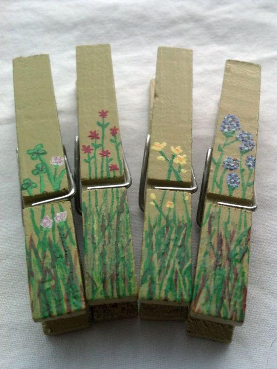 Hand Painted Clothes Pins, Wild Flowers ༺✿Teresa Restegui http://www.pinterest.com/teretegui/✿༻