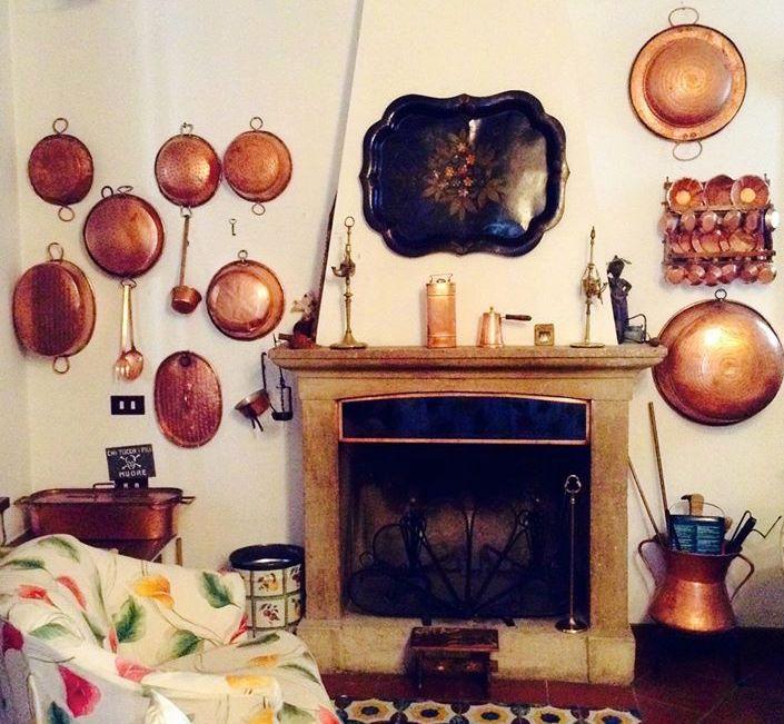 Il fascino del rame in cucina in una foto di Lucilla Cerimele