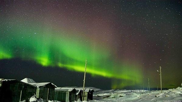 La aurora boreal. Foto: Ivan Dementievskiy - 2 (© Derechos Reservados de la British Broadcasting Corporation Corporación Británica de Radiodifusión 2013)