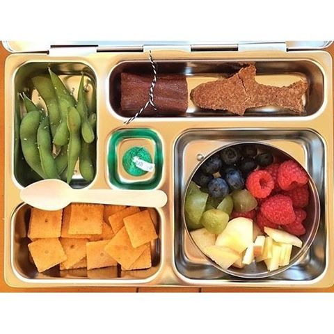 Just keep swimming, just keep swimming... it's almost Friday!  Pic: @littleglobalchefs  #planetbox #lunchbox #teamplanetbox #planetboxlunch #lunchboxlove #schoollunch #healthykids #school #food #kids #kidslunch #lunch #lunchinspo #instafood #nomnom #bento