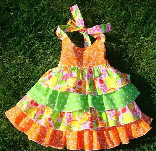 Ruffle Halter Dress, Free sewing pattern and tutorial