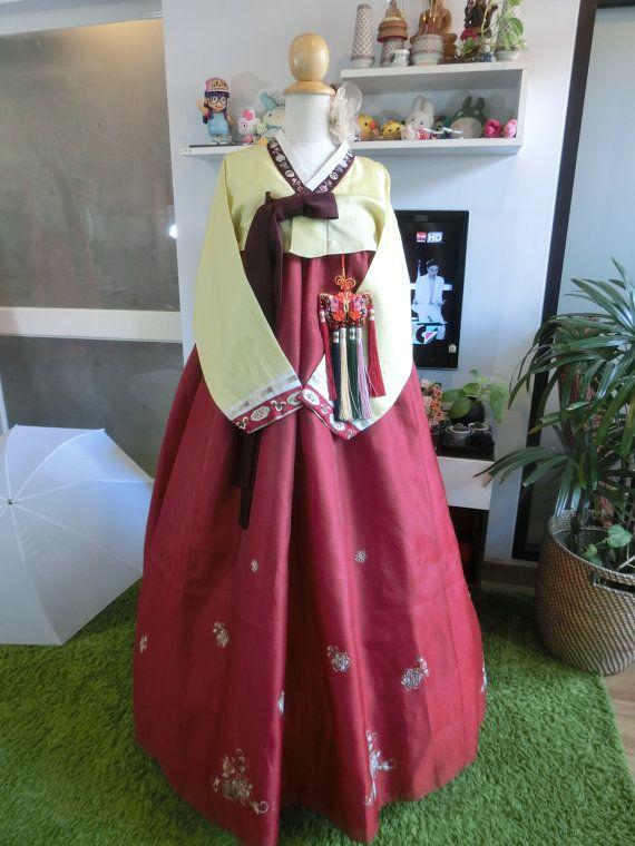 Vintage  Korean Traditional Clothes Dress HANBOK by kimonocuty