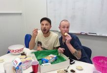 Kiwi Celebs' Mince Pies on Sale