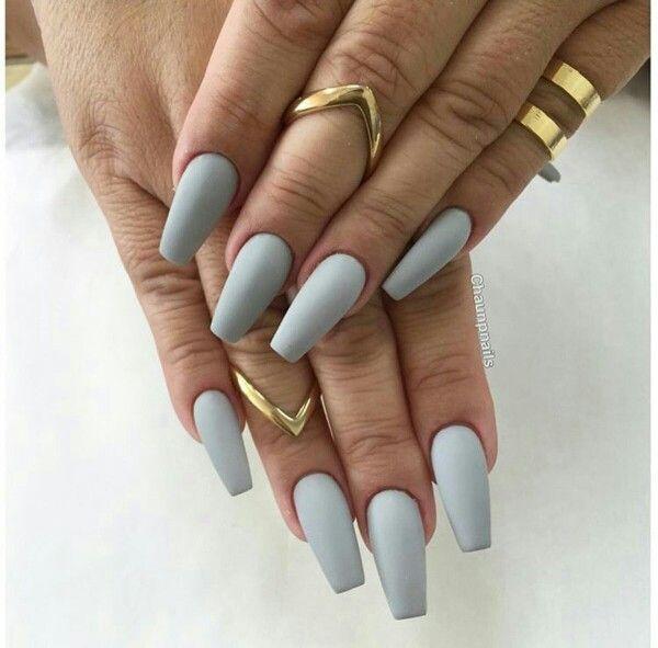 Light grey matte nails