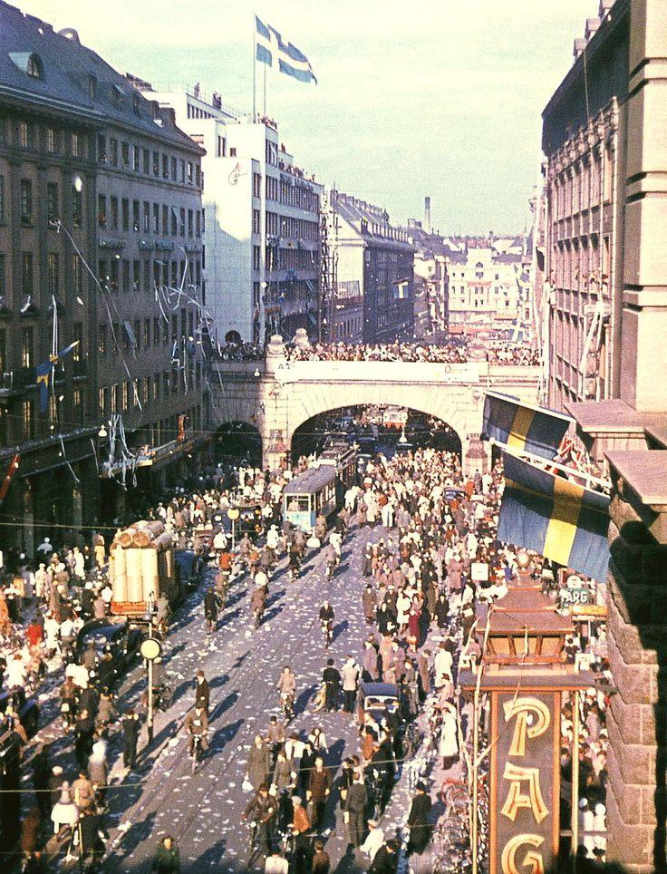 File:Kungsgatan 1945.jpg