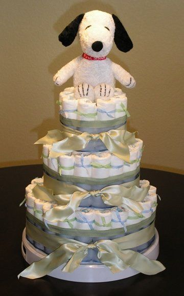 Snoopy diaper cake for baby shower.  this would be a good one for Wm you know in over 10 years!!!!