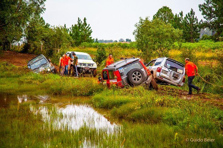 Prova difícil e perigosa na abertura do Campeonato Gaúcho de Rally 4×4 em Santa Cruz do Sul Fotos Guido Beier  A chuva dos últimos dias tornou a prova de Santa Cruz do Sul um desafio para os pilotos das categorias Graduados, Turismo e Novatos do Campeonato Gaúcho de Rally 4×4, que abriu a temporada […]