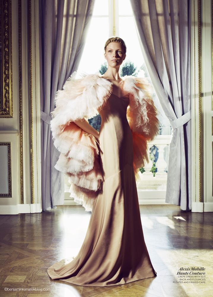 Amanda Nimmo in Gold Alexis Mabille Haute Couture - Inspiration by Color