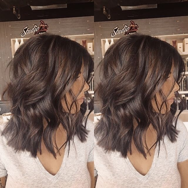 Hairstyle Ideas For Wedding Reception Bob Hairstyle Ideas 2019 Hairstyle Ideas By F In 2020 Wavy Hairstyles Medium Medium Length Hair Styles Medium Length Wavy Hair
