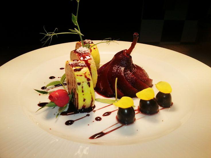 Foie gras torchon with pear in Porto wine