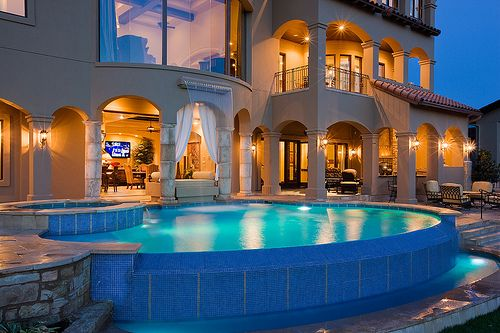 """pictures-of-luxury: """"Picture Galleries l Twitter l Facebook """""""