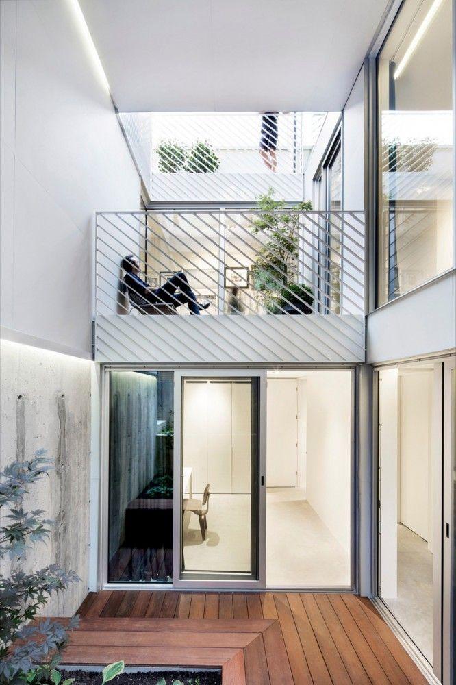 Holy Cross House / Thomas Balaban Architect