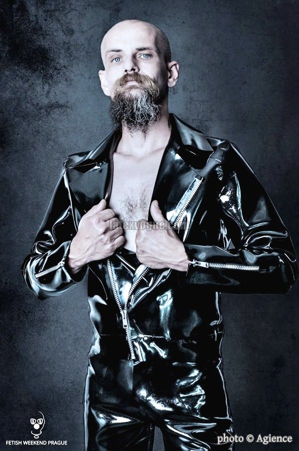 Fantastic František Grimm in our heavy rubber jacket 😛 Photo by: Agience Photography In collaboration with Fetish Weekend Prague