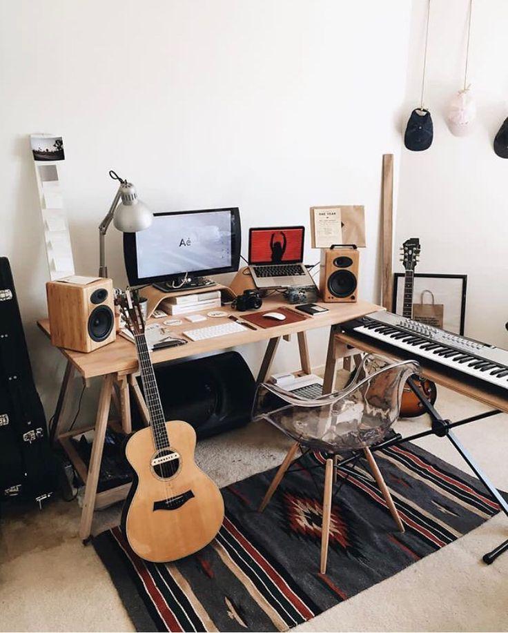 home studio Practice space 6 Home Studio Setup, Music Studio Room, Recording Studio Home, Audio Studio, Studio Build, Home Music Rooms, Music Bedroom, House Music, Music Inspired Bedroom