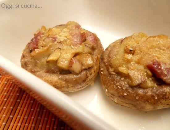 Funghi ripieni di mollica di pane e pancetta