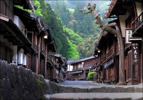 The Five Japanese Streets That People of Japan Most Want to Visit