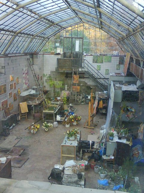 Autumn Art Studio. Magic, undiscovered place inside Kiev Botanical Garden.