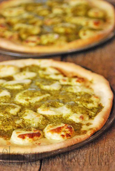 Les gourmandises d'Isa: PIZZA BIANCA AVEC DE LA MOZZARELLA MAISON
