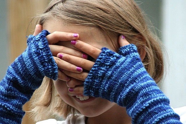 Fingerless Gloves Knitting Pattern For Toddlers : stripe it up fingerless mitts for kids. free pattern ...