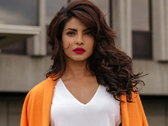 Priyanka Chopra on a House Hunt? http://www.ndtv.com/video/entertainment/priyanka-chopra-on-a-house-hunt-414932
