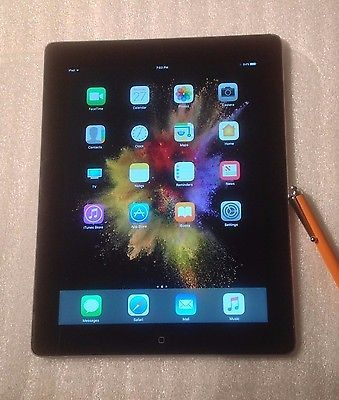 Apple iPad 4th Generation A1458 16GB Wi-Fi. Black- Bundle