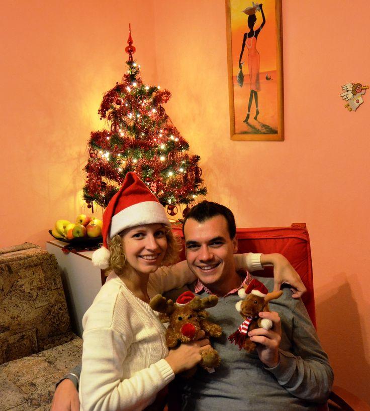 Mi última navidad fue checa. La pasé en casa de mi chica. Fue sensacional porque su familia es muy cariñosa, abierta y agradable. Seguro que no será la última vez :P