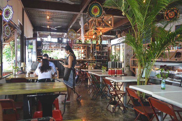 Chou Chou Café in Playa del Carmen, Mexico | heneedsfood.com