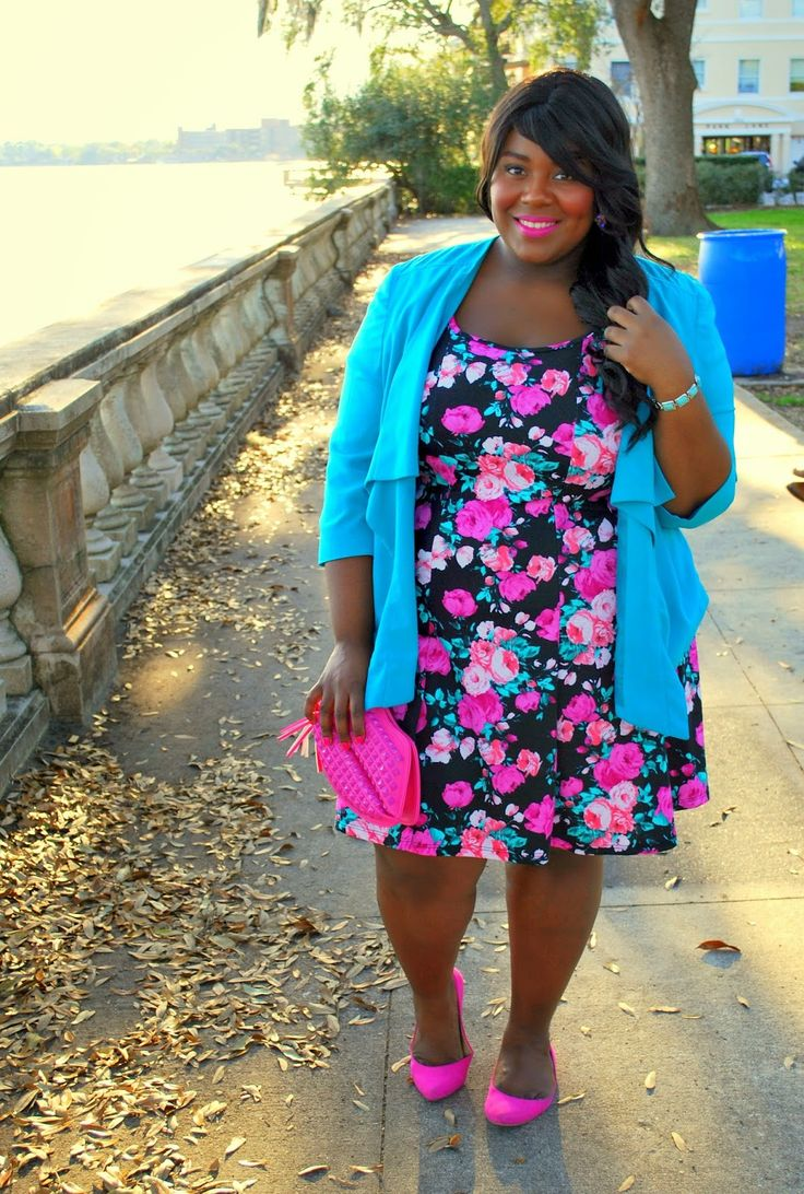 Musings of a Curvy Lady in a Deb Shops #floral dress
