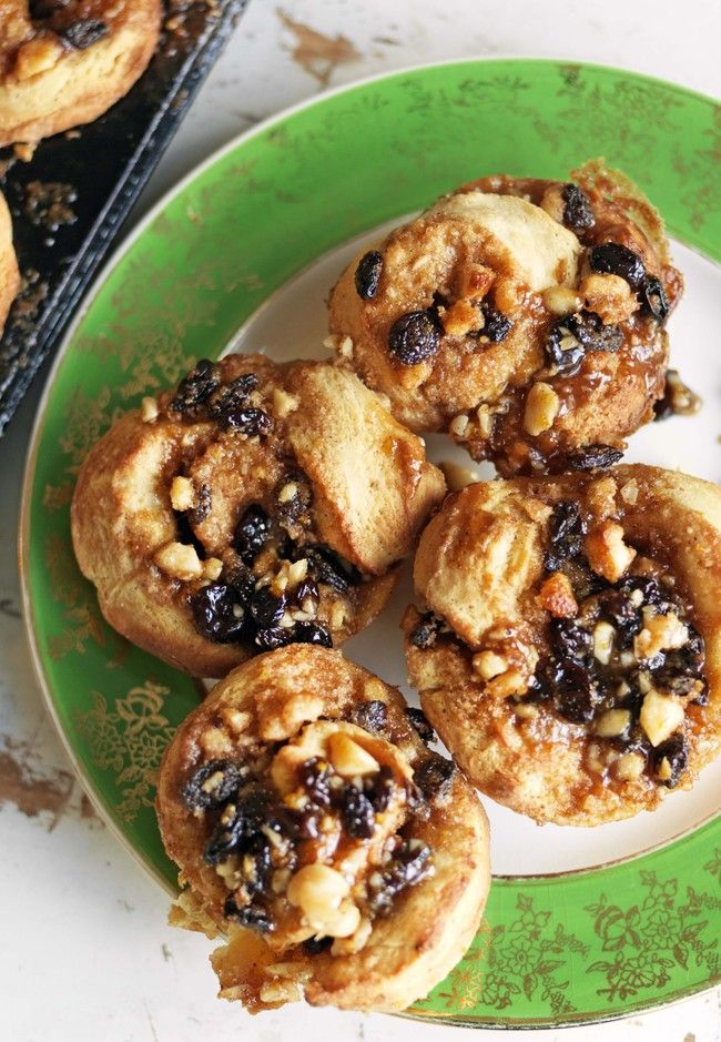 Spiced brown sugar and walnut sticky buns | Good Magazine Photography Jane Ussher
