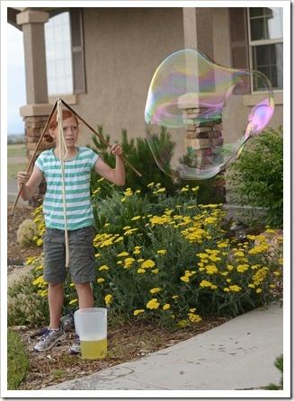 Big bubbles & bubble wand