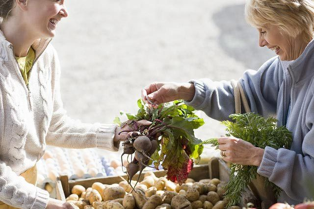 Tips and Tricks for Selling Produce at the Farmers Market