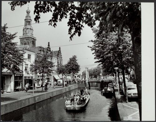 http://www.gahetna.nl/collectie/afbeeldingen/fotocollectie/zoeken/weergave/detail/tstart/0/start/860/q/zoekterm/alkmaar/q/commentaar/1