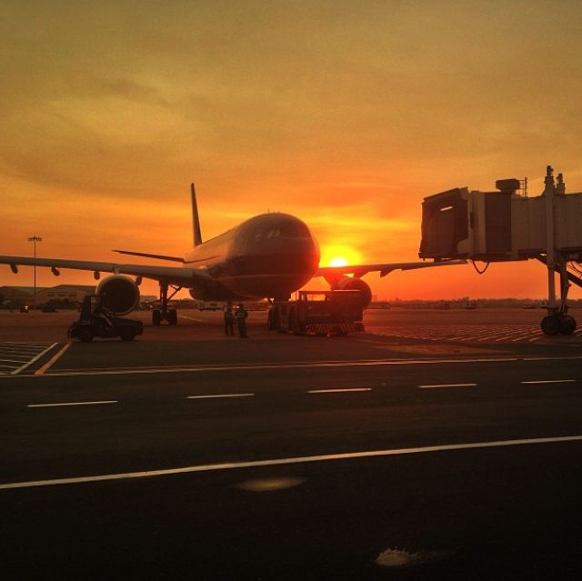 The Best Websites For Finding Student Airfare: Sunset at Ho Chi Minh City airport