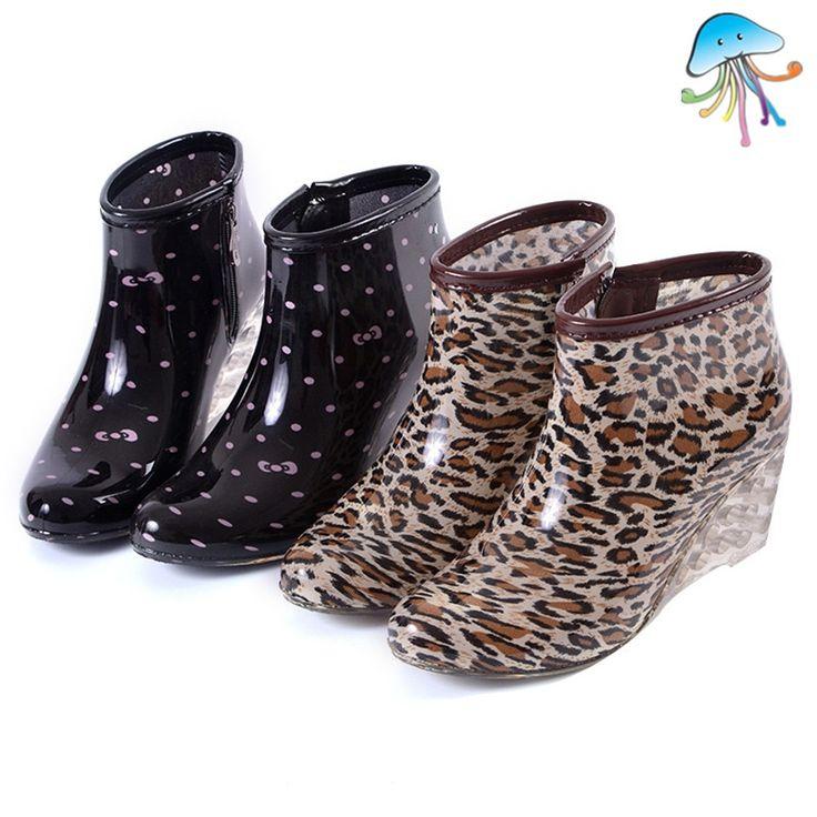 37.81$  Buy now - https://alitems.com/g/1e8d114494b01f4c715516525dc3e8/?i=5&ulp=https%3A%2F%2Fwww.aliexpress.com%2Fitem%2FRain-Boot-Women-s-Rain-Boots-Waterproof-Non-slip-wedges-Fashion-Footwear-Short-Tube-Ladies-Water%2F32591948046.html - 2016 Women's Short Ankle Rain Boots Lady's Waterproof Non-slip Wedges Rain Shoes for Any Climate Botas De Lluvia De Las Mujeres