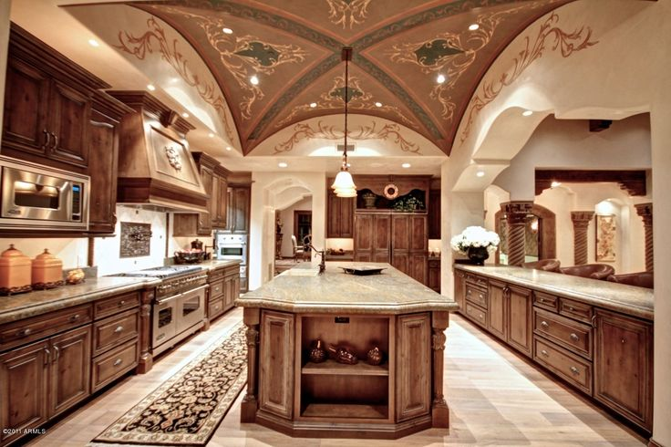 Huge Kitchen...check Out The Ceiling
