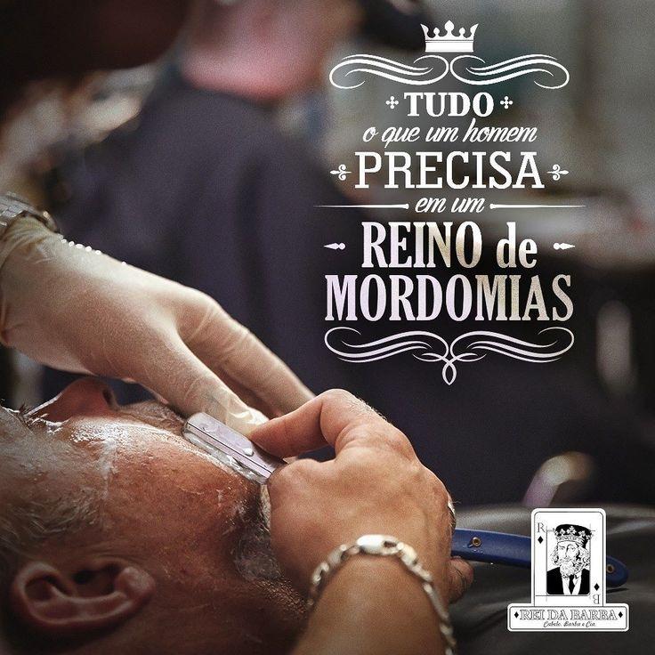 i sair pra cortar o cabelo e aparar a barba? Então por que não aproveitar tudo o que o Reino de mordomias pode oferecer? Aproveite pra relaxar com uma massagem ou até mesmo tomar uma cerveja com a gente afinal você é o Rei!  #Barbearia #BarberShop #Barba #Cabelo #Bigode #Massagem #Charutaria #Hair #Style #beartStyle #BeardGrooming by reidabarba
