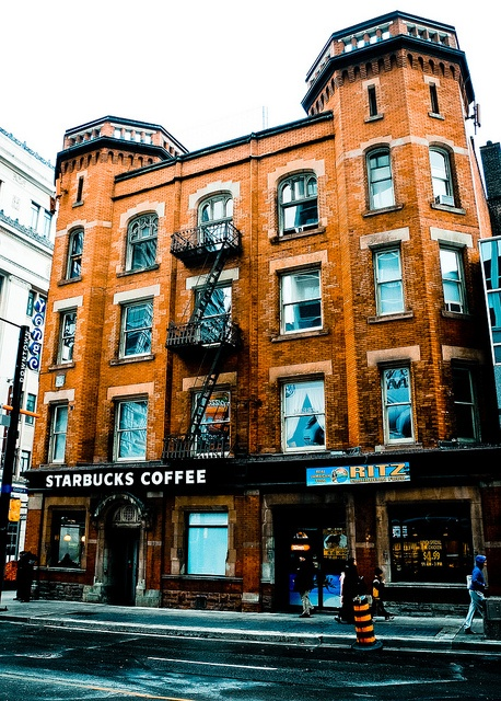 Canadians love their coffee: Starbucks Coffee on Yonge Street Toronto,Ontario, Canada