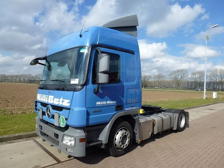 For sale: Used and second hand - Tractor unit MERCEDES-BENZ 1844