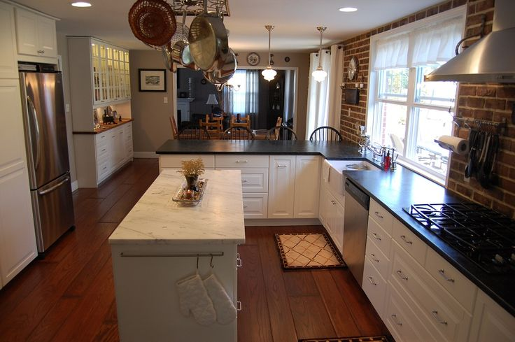 Ikea lidingo diy kitchen remodel w farmhouse sink for Kitchen island for narrow kitchen
