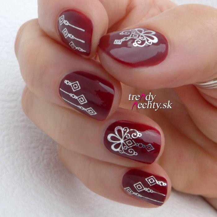 Red nail, Nail Art, Nail design, Manicure