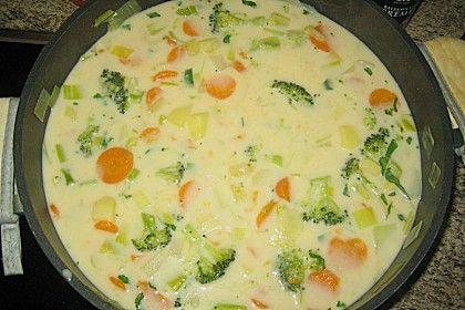 Claudis Kartoffel - Gemüse - Käsesuppe, ein beliebtes Rezept aus der Kategorie Eintopf. Bewertungen: 63. Durchschnitt: Ø 4,6.