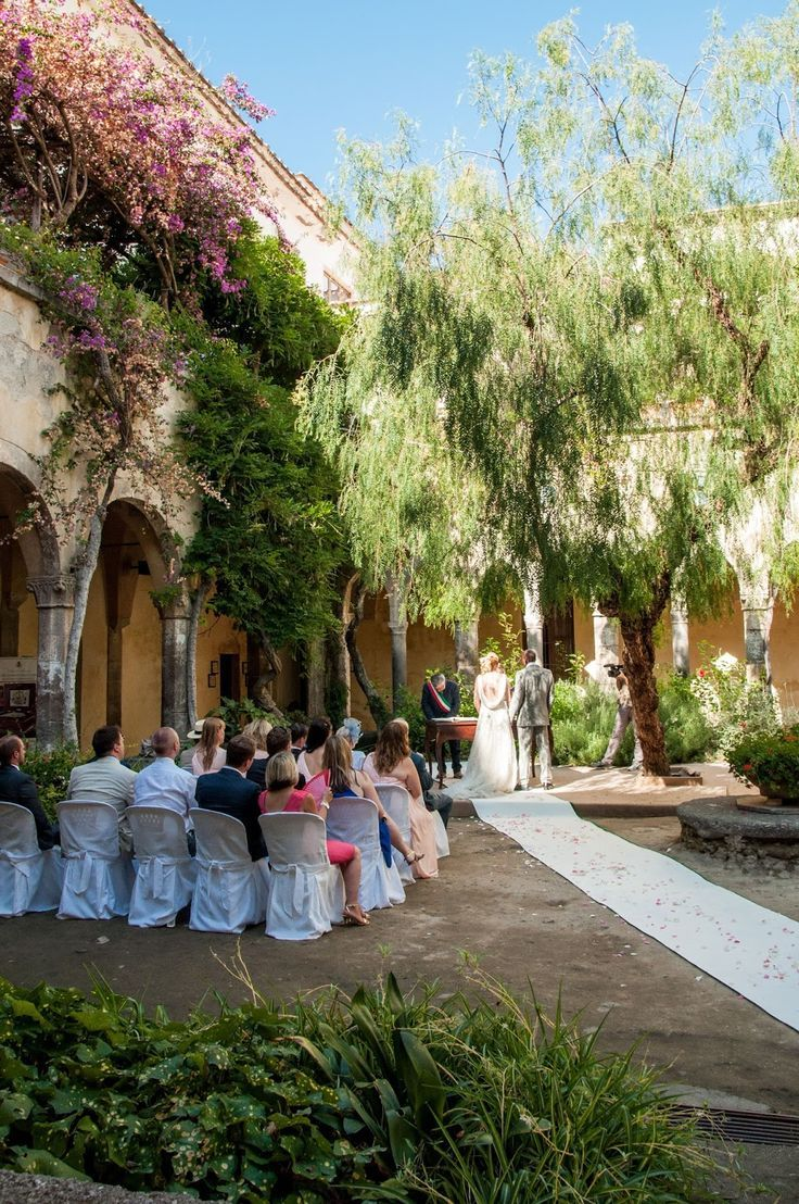 Summer Weddings In Sorrento At The Cloisters Of St Francis Sorrento Weddings Sorrento Wedding Photography