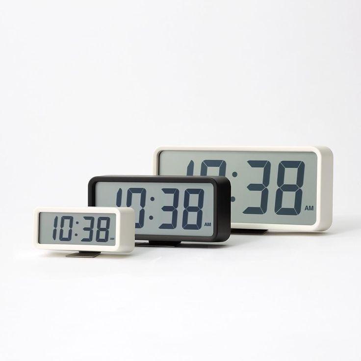 デジタル時計Digital Clock なにより時刻が見やすい時計 上下左右より広い角度から液晶表示が見やすいデジタル時計です 時刻の確認という原点に返り時と分をバランスよくデザインしました Easy to read clock. Digital clock that features an LCD display that can be read from any angle; top bottom left and right. Designed with a good balance betweenhours and minutes by go-ing back to the point ofknowing the time. #muji #無印良品 #clock #時計 by muji_global