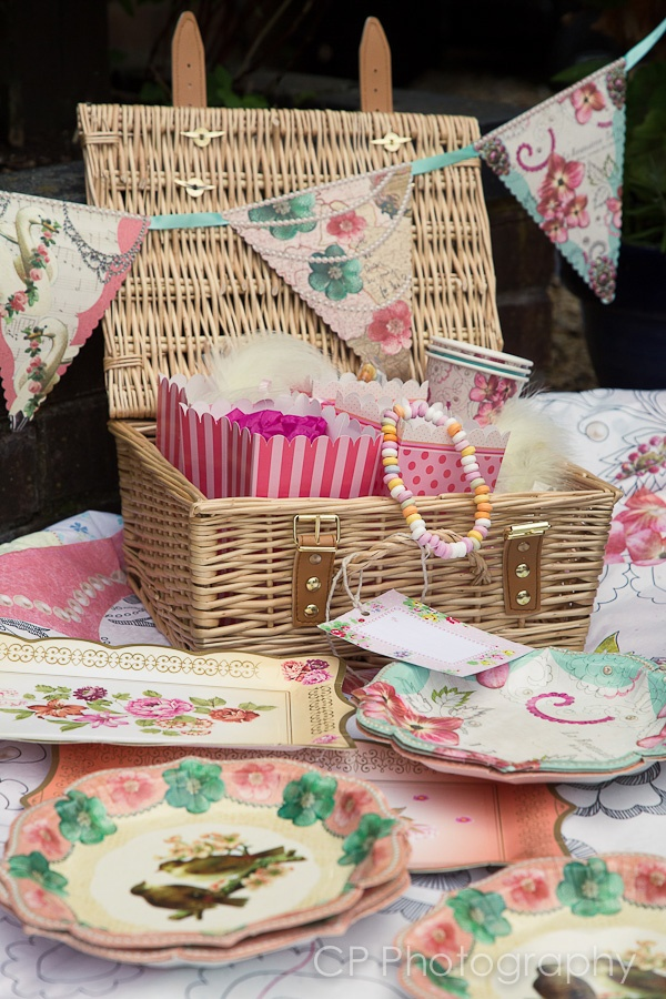 This gorgeous wicker hamper is the perfect gift for any Celebration to share with friends and family.  Everything you will need for your vintage picnic including the wicker hamper, table cloth, 12 plates, 12 cups, 4 platters, 24 napkins, 3 tier reversible cake stand, vintage bunting, and 6 vintage goody bags.  Available to order online at www.fuschiadesigns.co.uk for £130.