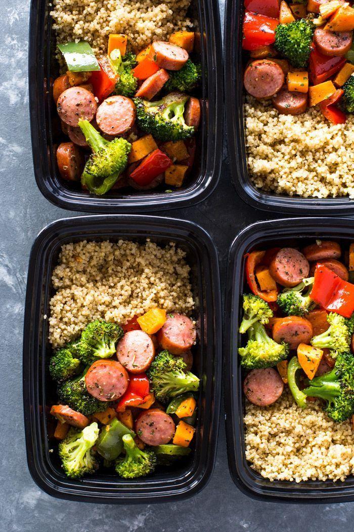 Quick Meal-prep Wurst Gemüse und Quinoa ist gesund, geschmacksintensiv und voll…