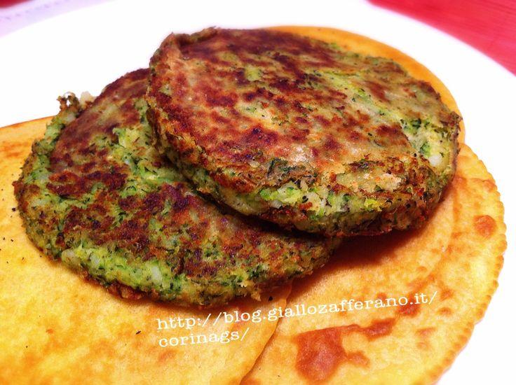 hamburger vegetariano saporito, una ricetta molto semplice per qualcosa di molto sfizioso. Ideale per chi non mangia la carne o vuole provare un hamburger