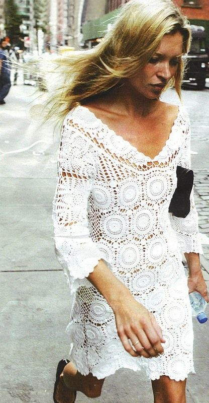 Crinochet: Kate Moss Dress She's wearing a dolie- LOL